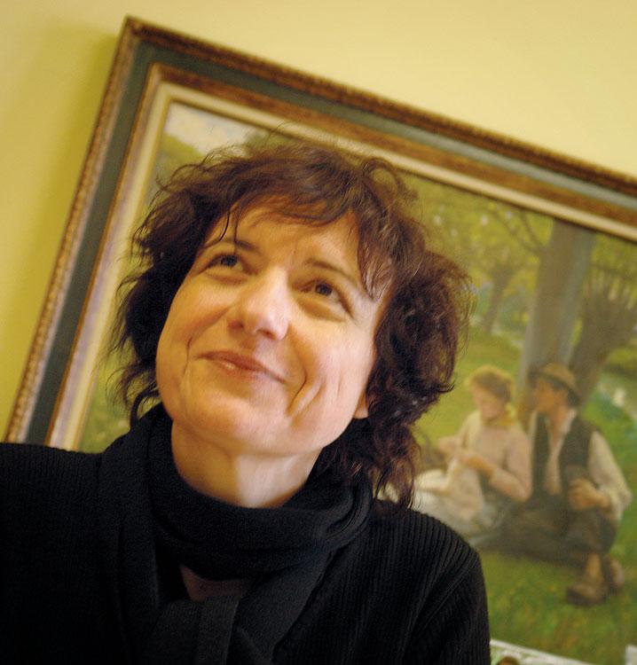 Катрин Труба, которая возглавляет производство Anis de Flavigny с 1990 года по настоящее время.